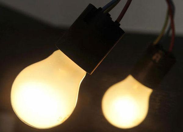 """178 - iải thích câu tục ngữ: """"Gần mực thì đen, gần đèn thì sáng"""""""