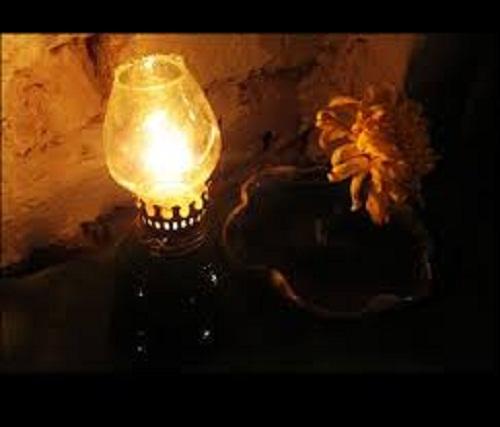 """190 - Chứng minh câu tục ngữ """"Gần mực thì đen, gần đèn thì rạng""""."""